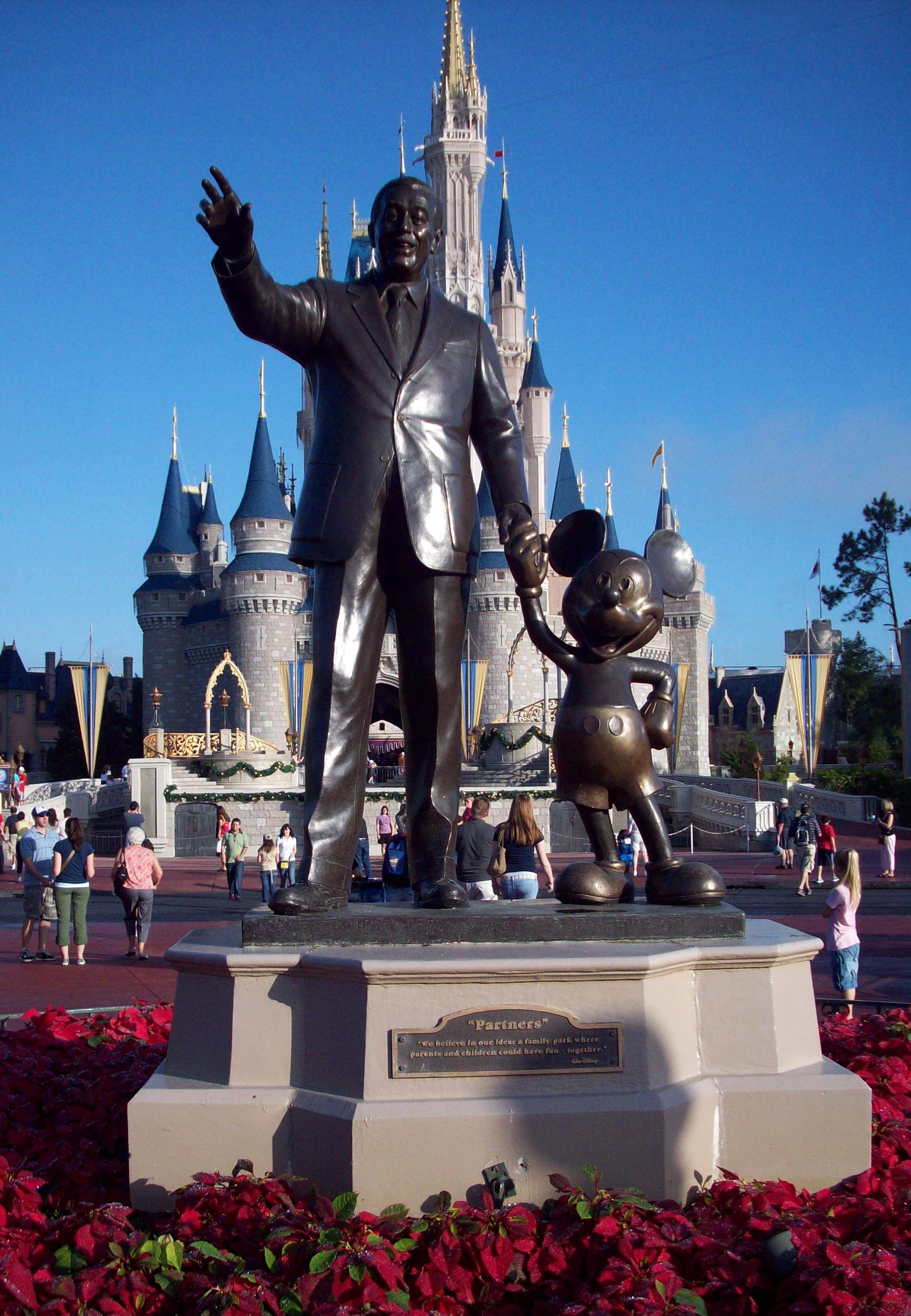 descriptive essay disney world Descriptive - disney world - best hq academic writings provided by top professionals essays & researches written by high class writers professional and affordable.