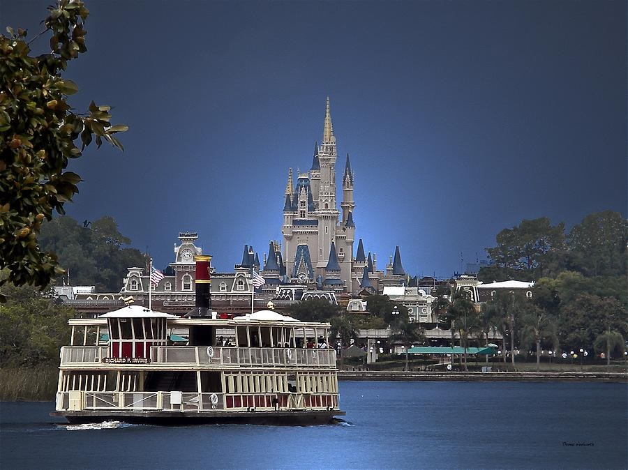 Thrifty Thursday: Disney World's Boats Boats Boats!