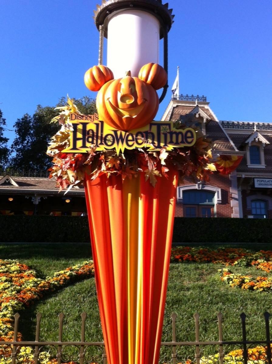 5 Ways to Enjoy Halloween Time at Disneyland