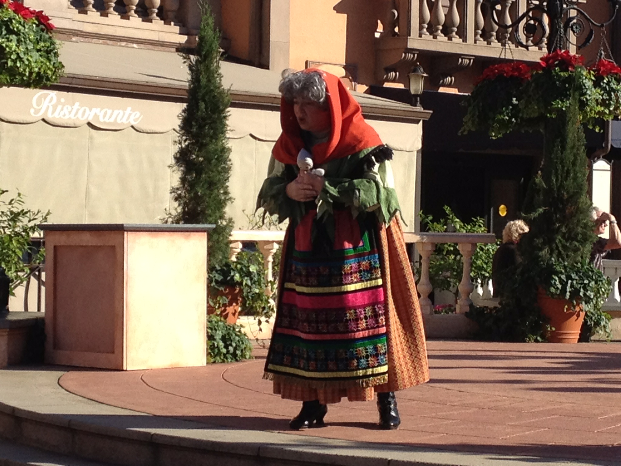 Wordless Wednesday: Telling a Holiday Story at Epcot